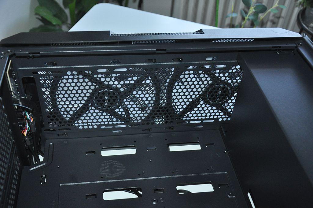 Review Antec NX800 21