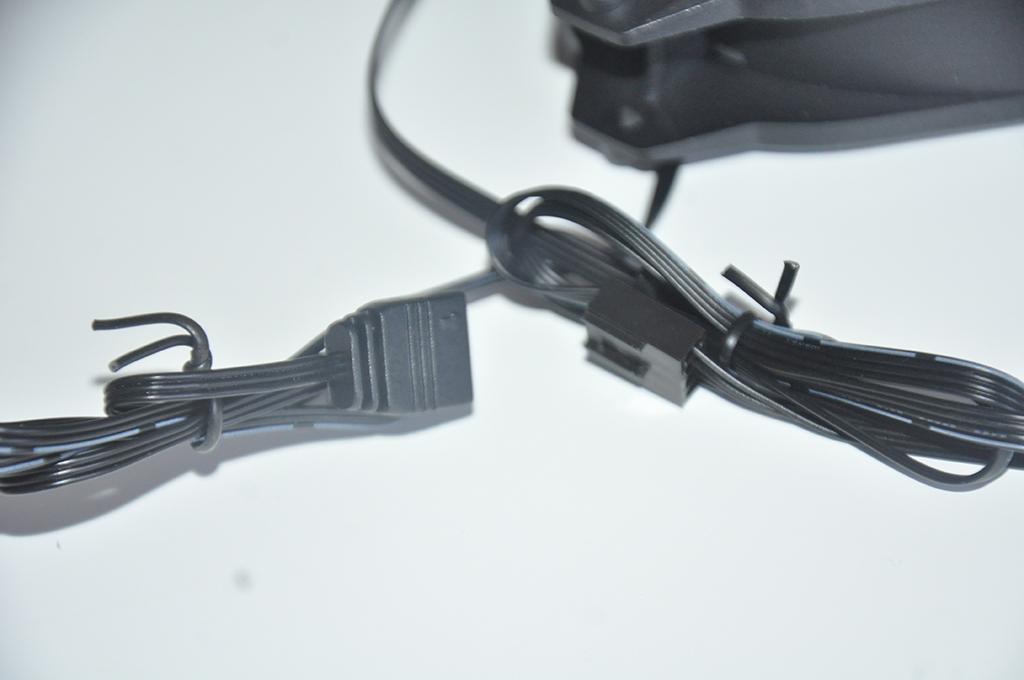 Review Antec PRIZM 120 ARGB 12