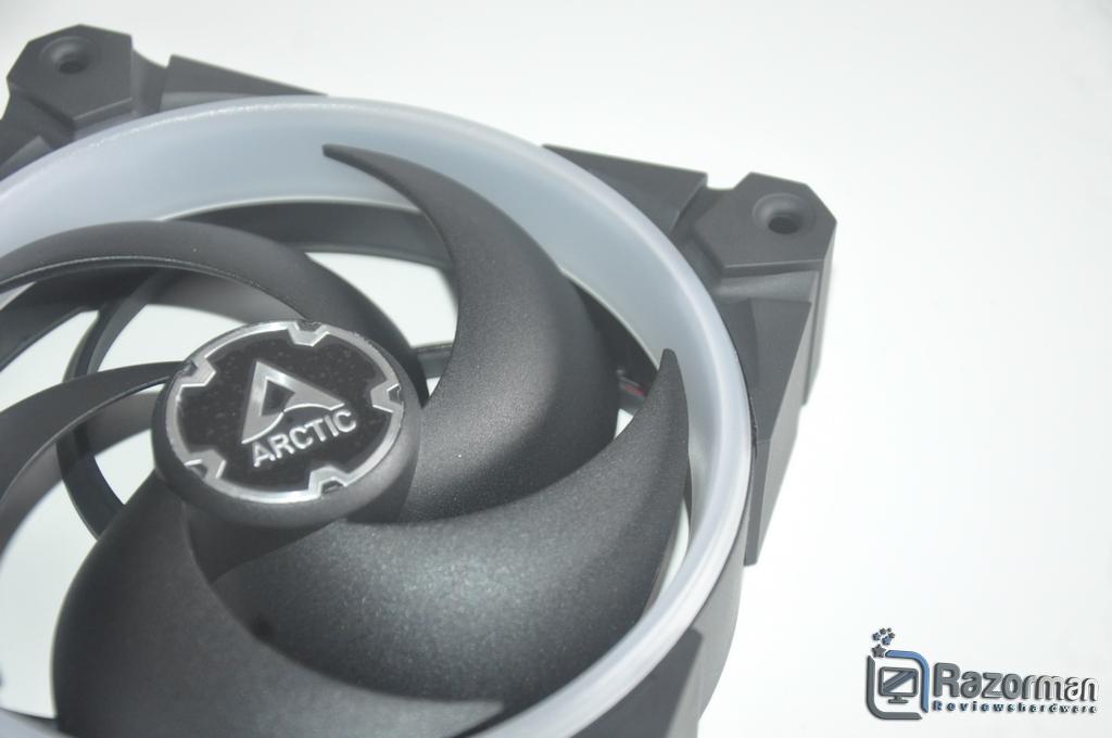 Review Arctic Bionix P120 A-RGB 8