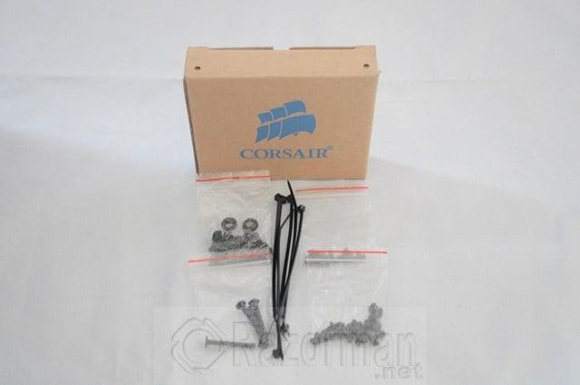 CORSAIR CARBIDE 200R (52)