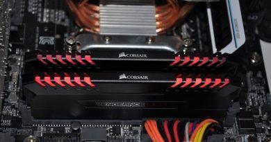 Corsair Vengeance LED DDR4 @ 3200 Mhz (3)