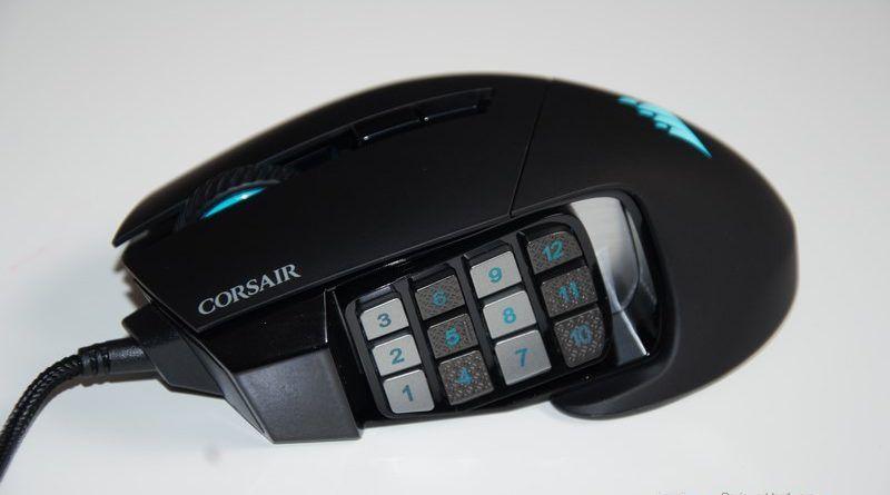 Review Corsair Scimitar PRO