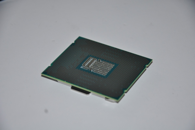 Review i9-7900X 4