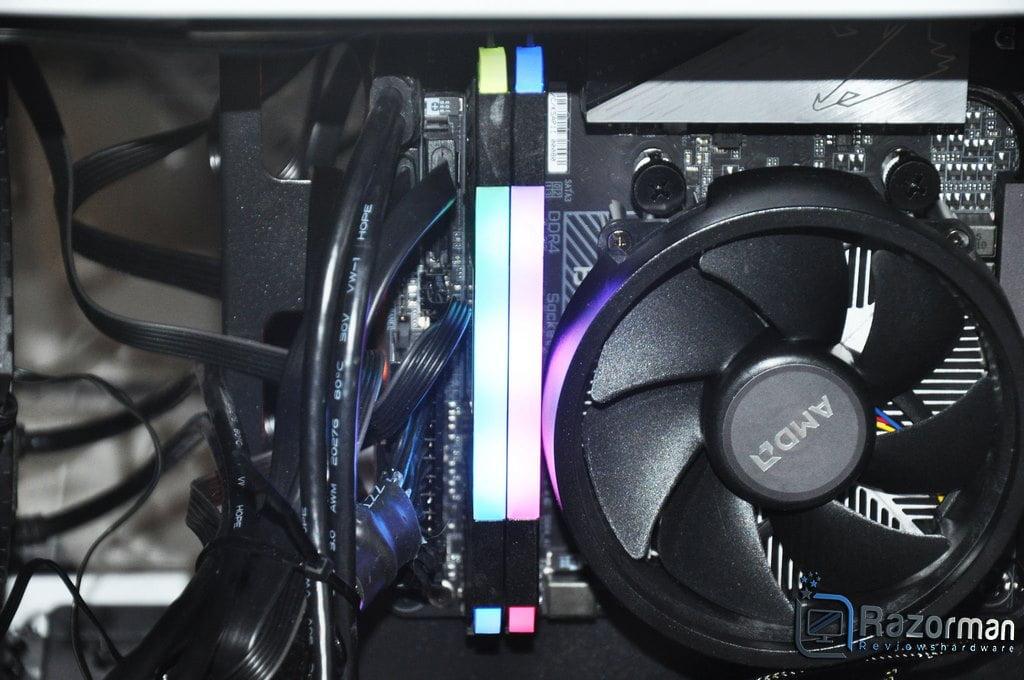 Review LC-Power LC-RAM-DDR4-3600-RGB-16GB-KIT 11