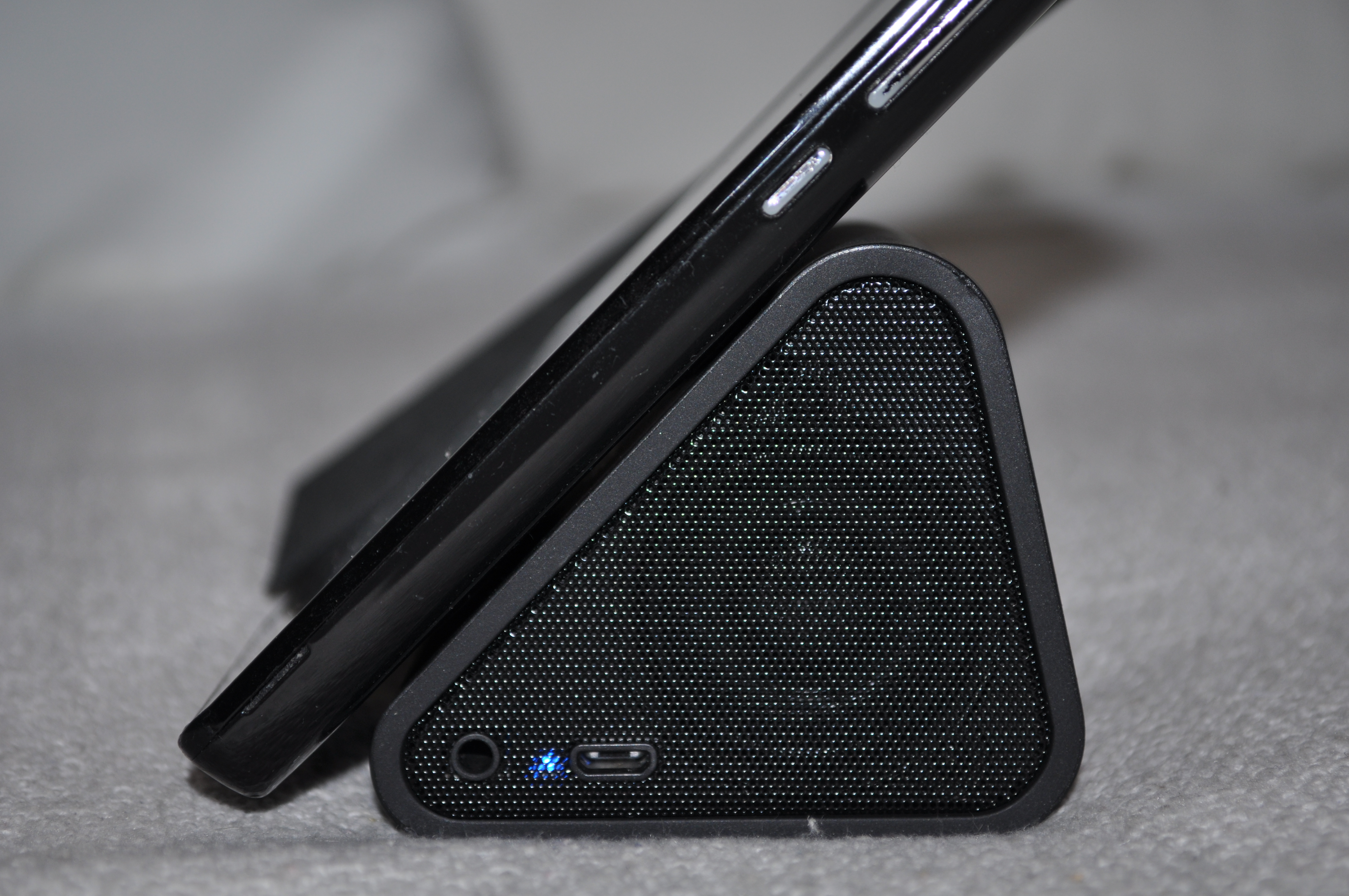 Review ANTEC WEDGE 112