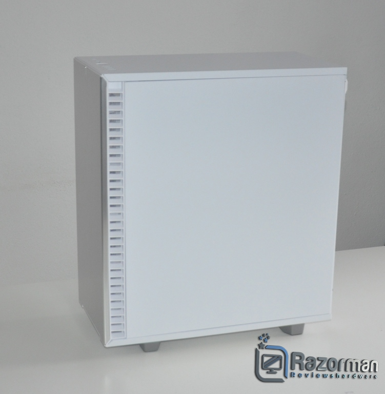Review Fractal Define 7 Compact Light Tempered Glass 12