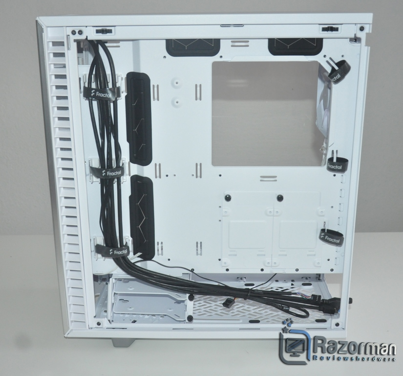 Review Fractal Define 7 Compact Light Tempered Glass 18