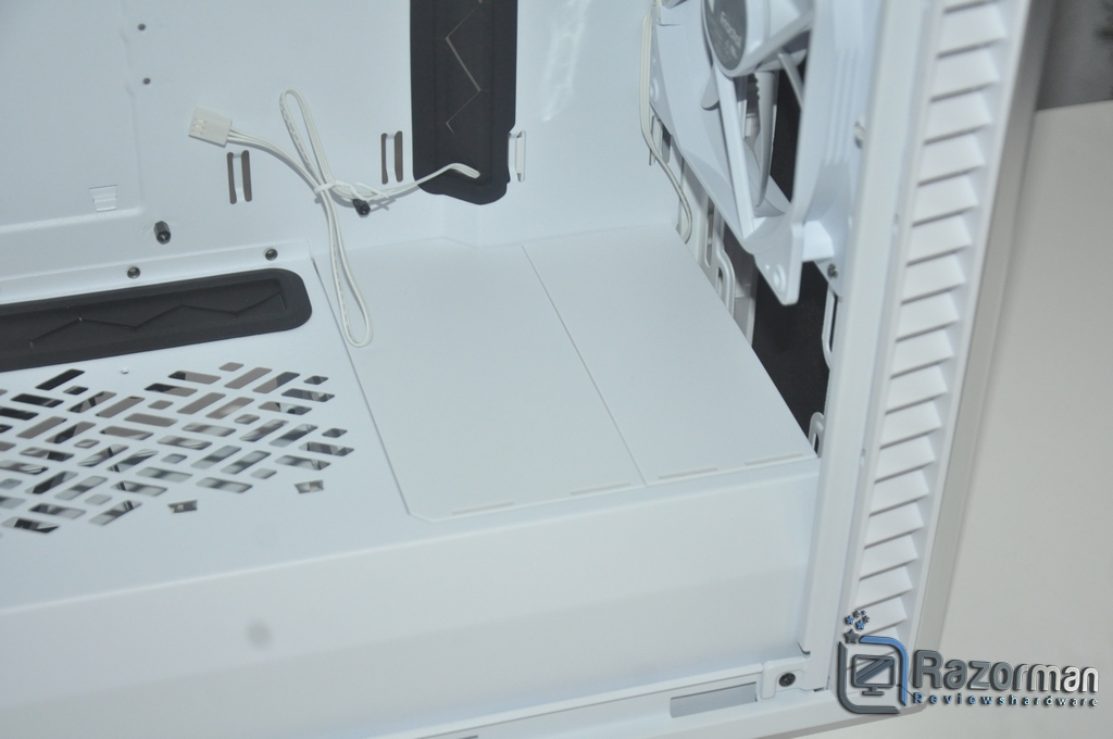 Review Fractal Define 7 Compact Light Tempered Glass 23