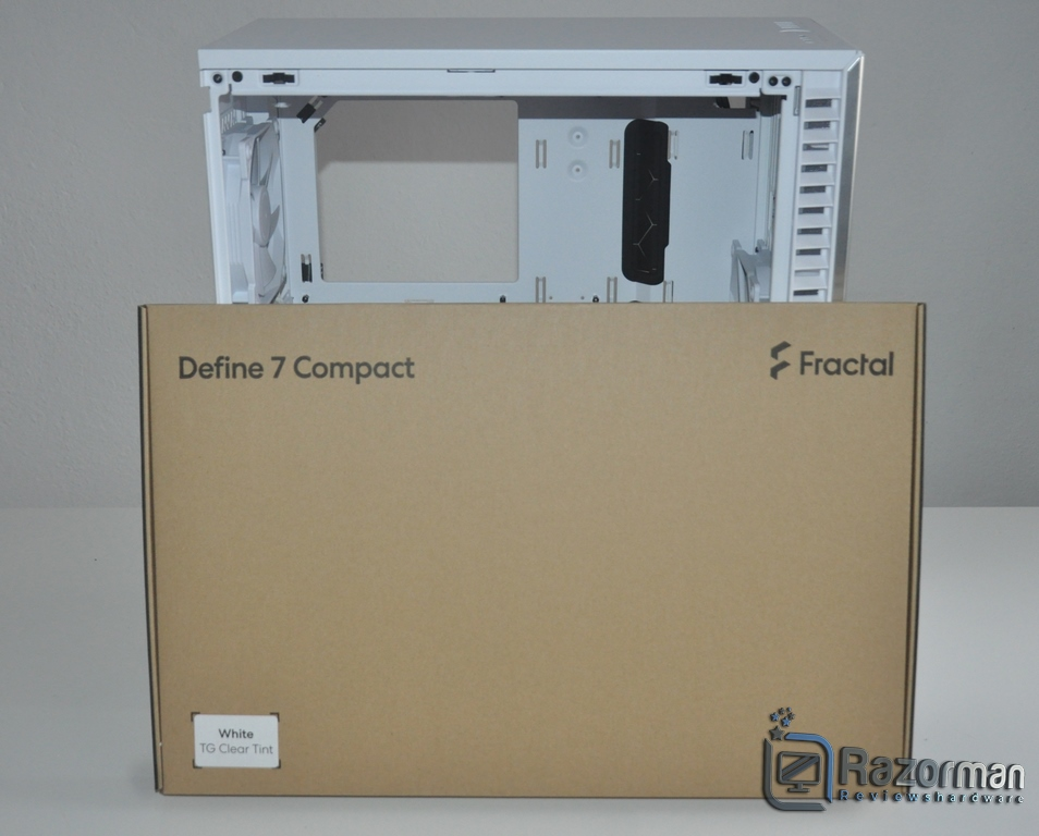 Review Fractal Define 7 Compact Light Tempered Glass 6