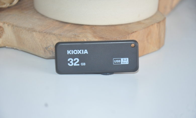 Review Kioxia Transmemory U365 32 GB 1