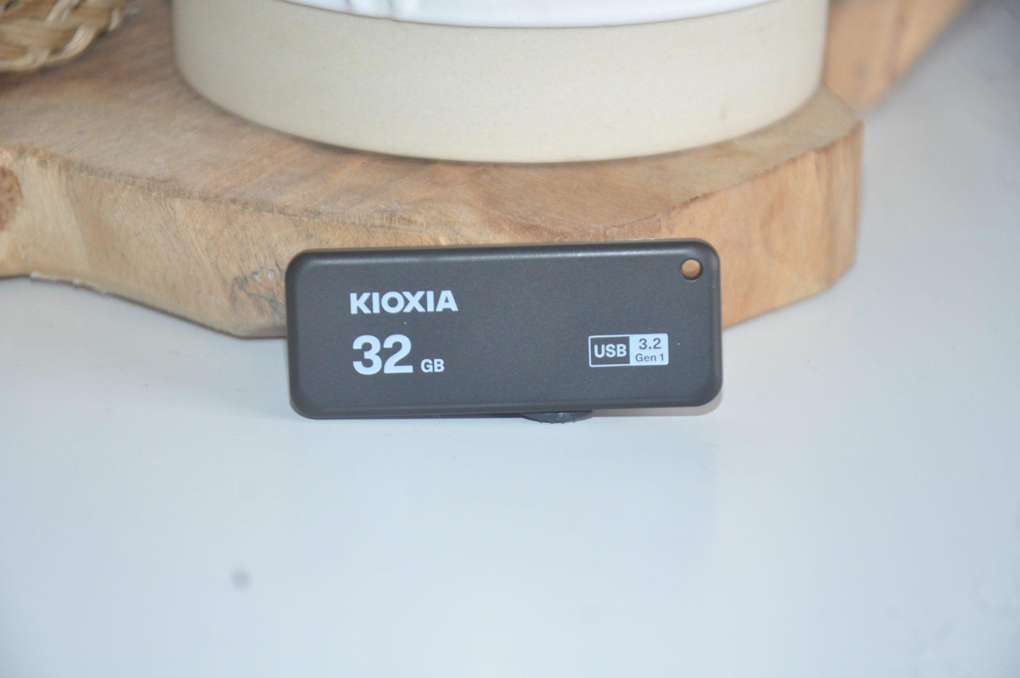 Review Kioxia Transmemory U365 32 GB 3