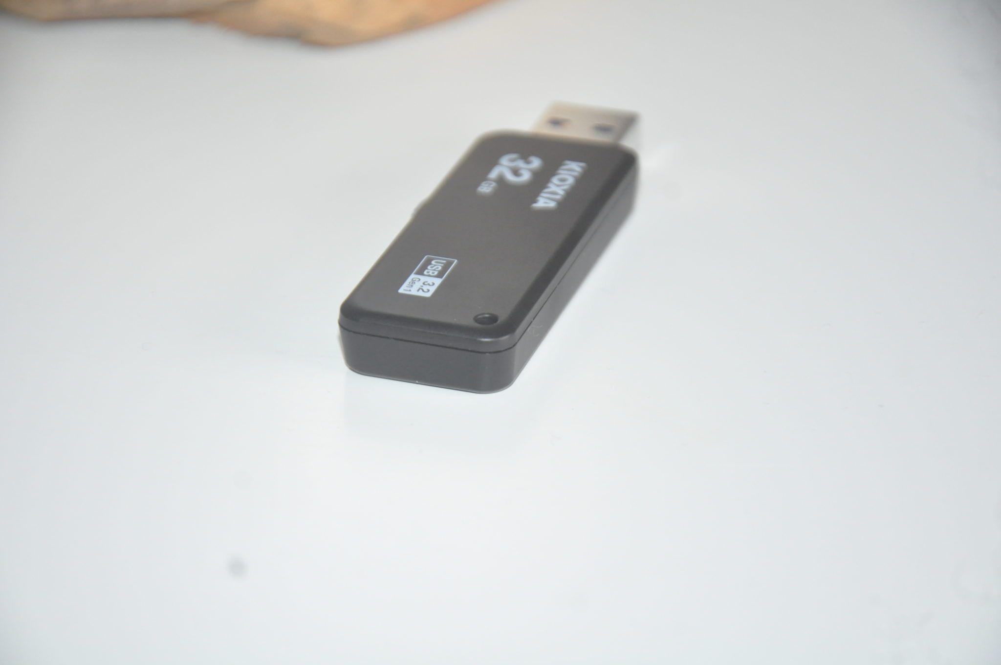 Review Kioxia Transmemory U365 32 GB 8