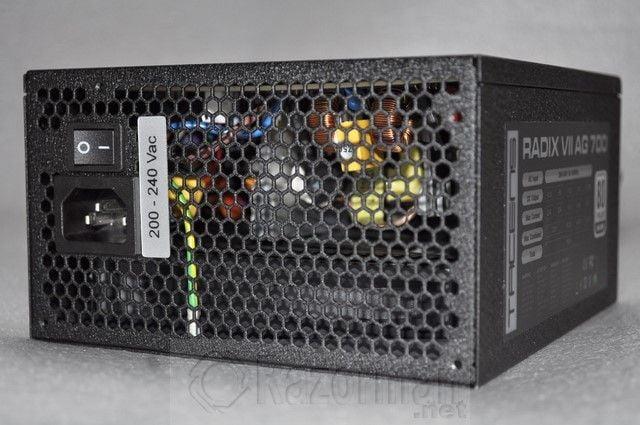 Tacens Radix VII AG 700W (27)