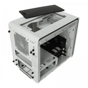 BitFenix Phenom Mini-ITX 2